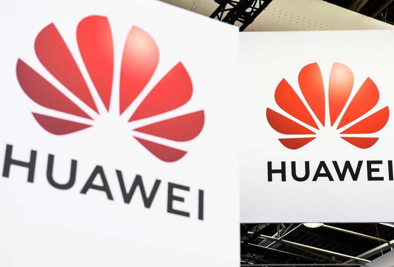 Google Revoked Huawei's License and access to key Android apps and services